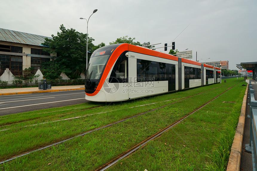 武汉有轨电车图片