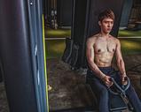 健身房强壮男性器械运动500969093图片