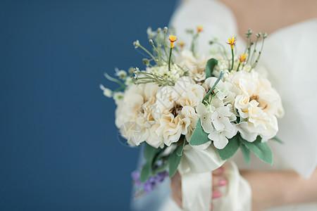 结婚婚礼手捧花特写图片