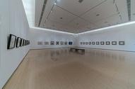 空无一人的武汉美术馆展厅图片