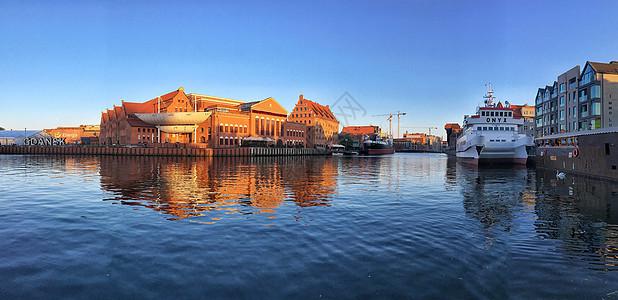 波兰旅游城市格但斯克港口全景图图片