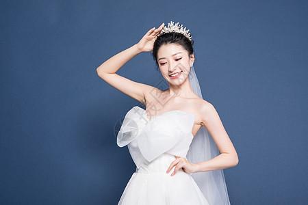 婚纱新娘半身照图片