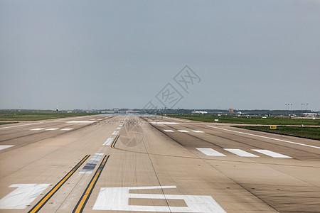 飞机跑道图片