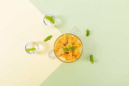 夏季新鲜芒果图片