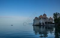 瑞士日内瓦湖上的西墉城堡图片