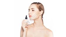 护肤中的外国美女图片