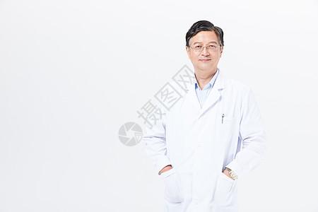 老年医生穿白大褂人物形象图片