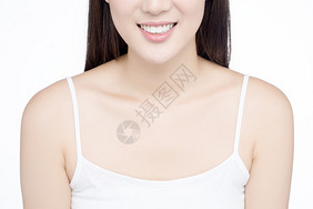 女性牙齿展示图片