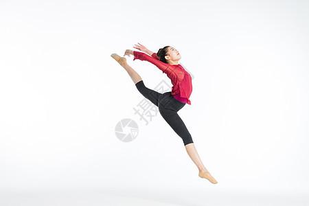 舞蹈美女跳跃图片