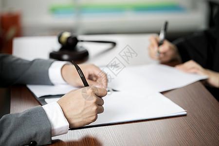 签合同图片