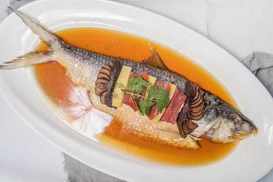 清蒸鲫鱼图片