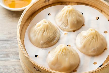 上海弄堂里的早餐——小笼图片