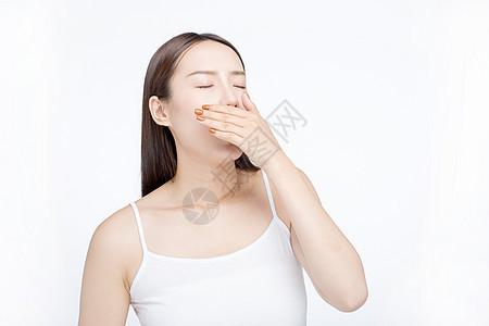 女性打哈气图片