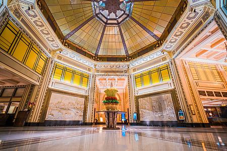 上海和平饭店大厅装饰图片