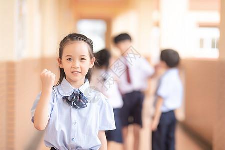 小学生肖像图片