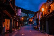 日本京都清水寺清水坂夜景图片