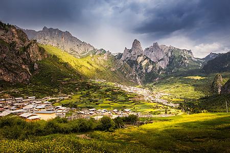 甘南藏族自治州迭部仙境扎尕那图片