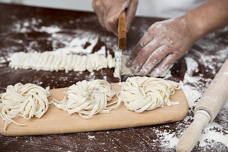 厨师做面图片