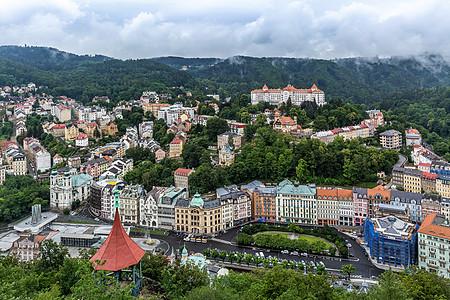 捷克著名度假胜地卡温泉小镇罗维发利全景图图片