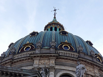 丹麦弗雷德里克教堂的巴洛克式圆顶图片