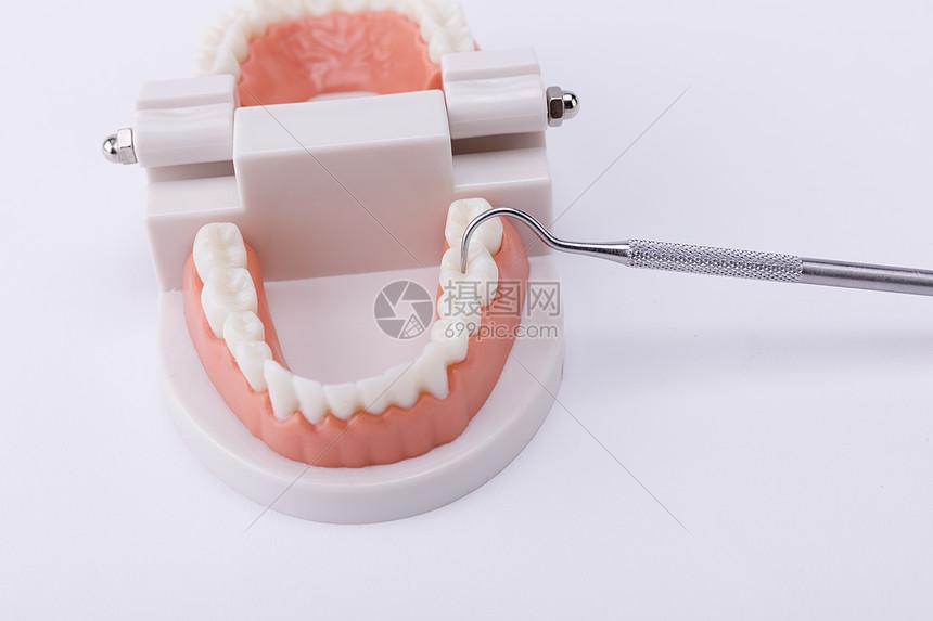 爱护牙齿图片
