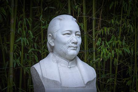 什刹海-宋庆龄同志纪念雕像图片