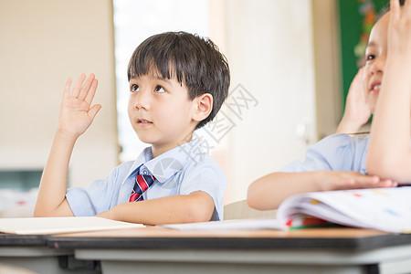 小学生课堂图片