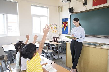 女老师上课图片