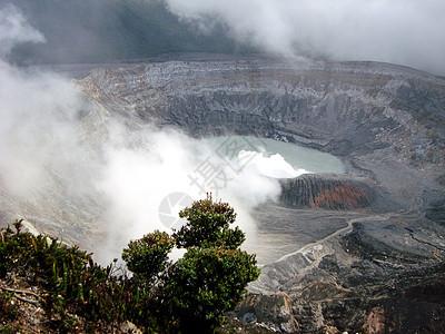 哥斯达黎加波阿斯火山是世界上最大的间歇性爆发的活火山图片