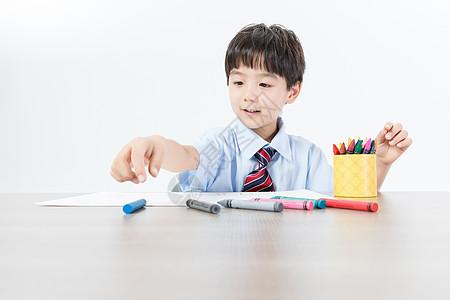 儿童书桌画画图片