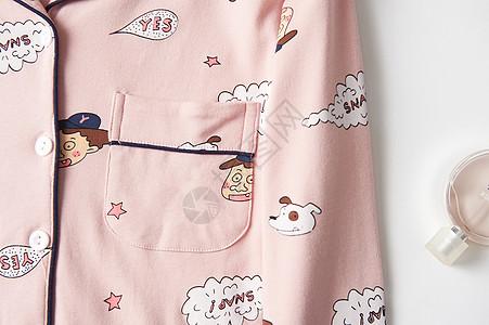 女士卡通睡衣图片
