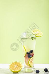 夏季水果茶图片