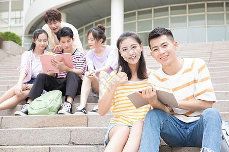 大学生校园学习生活图片