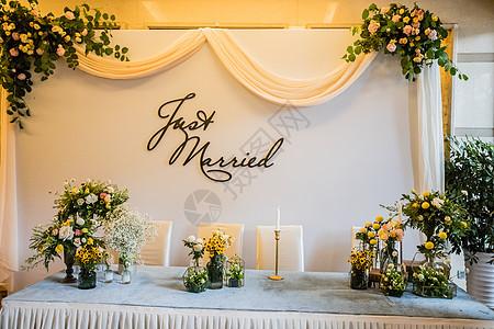 婚礼场布礼金台图片