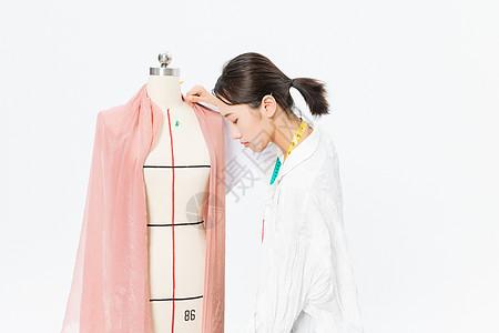 女服装设计师样衣制作图片