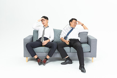 商务男沙发懊恼图片