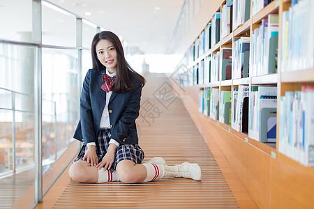 小清新美女校园写真图片