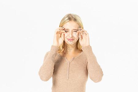 外国美女哭泣图片