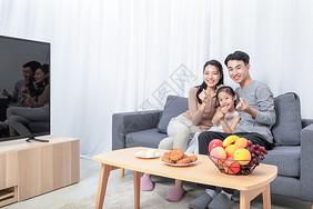 中秋团圆家庭陪伴图片