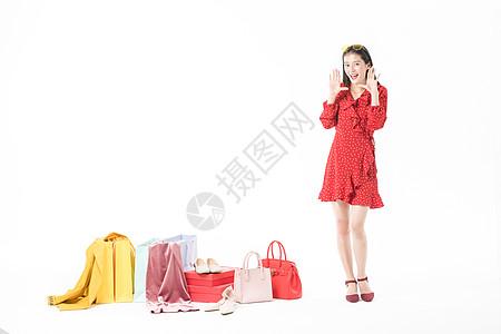 女性购物狂欢节创意拍摄图片