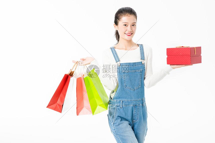 青春大学生购物图片