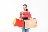 青春大学生购物抱礼盒501037400图片