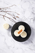 中秋节冰皮月饼图片