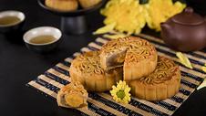 中秋节广式月饼图片