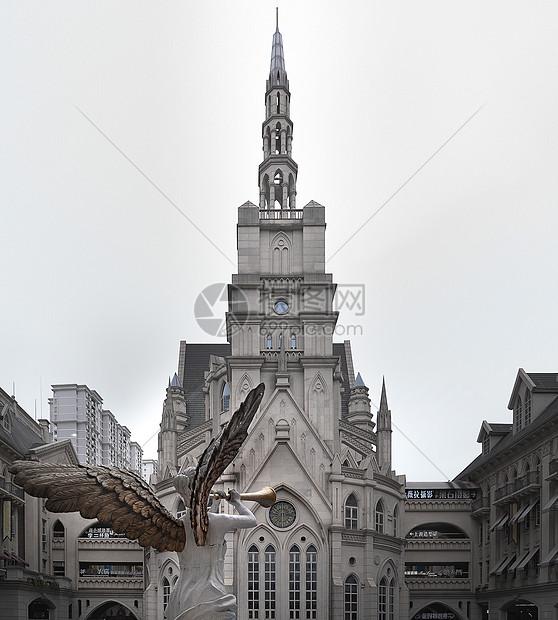 天使与欧洲教堂图片