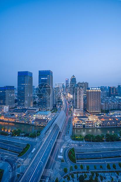 武汉汉街夜景图片