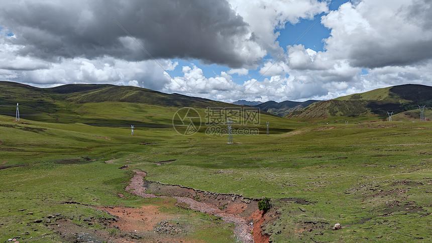 川藏线高山平原图片