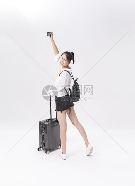 年轻女性旅拍图片