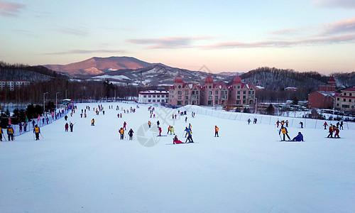 哈尔滨亚布力滑雪场图片