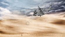 沙漠中的直升机图片